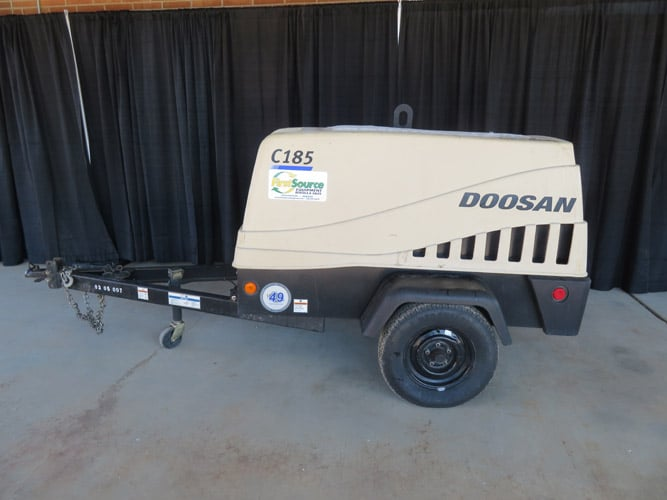 185 CFM 125 psi Diesel Towable Air Compressor Image